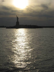 Statue of liberty by Random-Squiggle