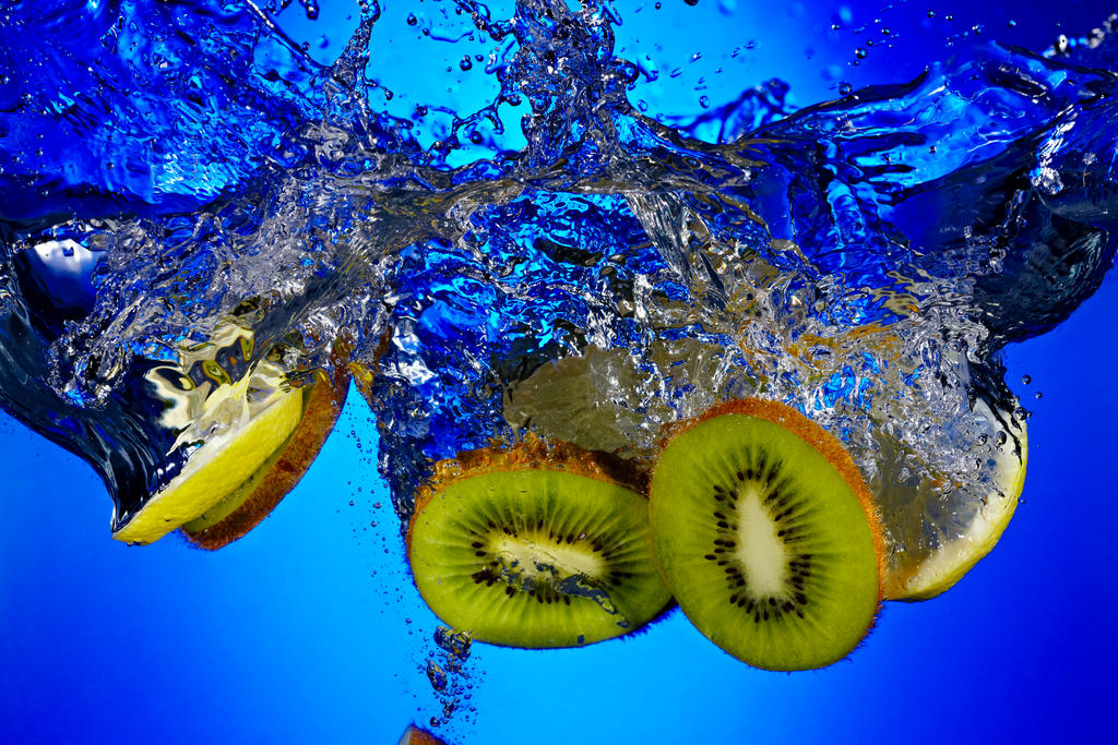 Kiwi Splash by smokinjay