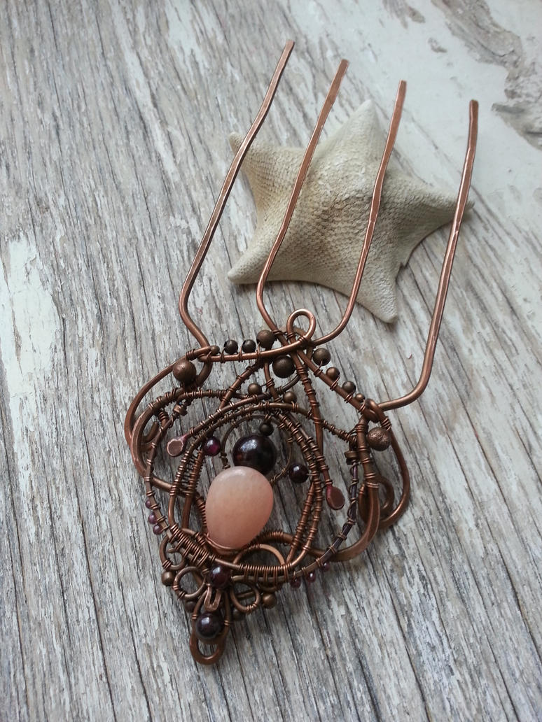 Copper hair comb - wire wrapped by Lirimaer86 on DeviantArt