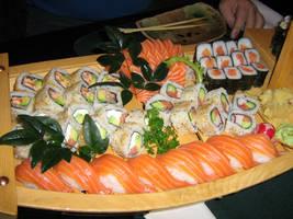 Sushi by PaulaImperatrix