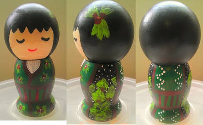 Japanese Kokeshi Chrismas Doll