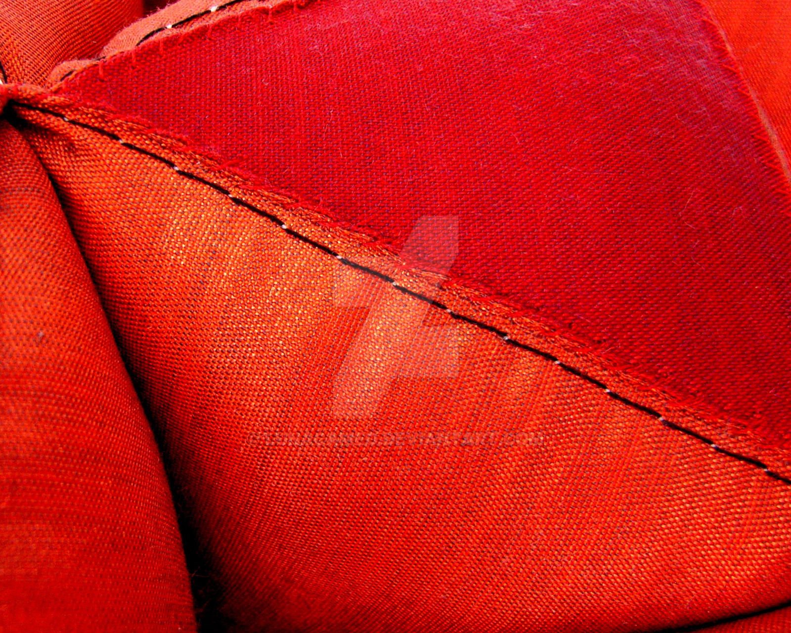 Triangular Cushion