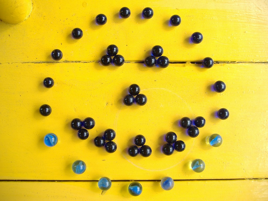 Blue Marbles 3: Smiley