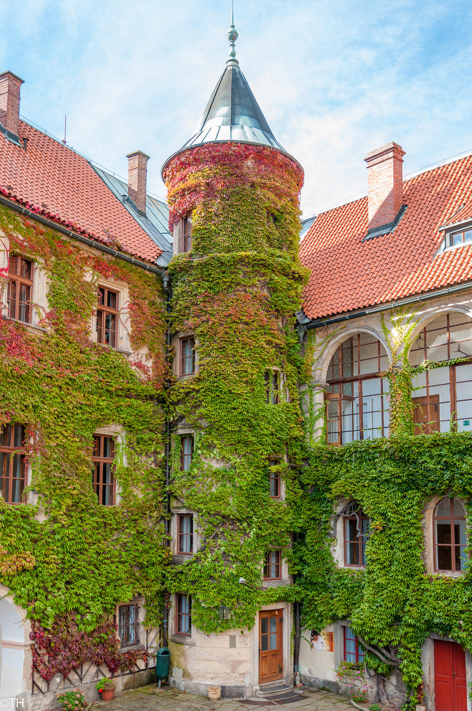 Castle Hruba Skala by Zajdaz