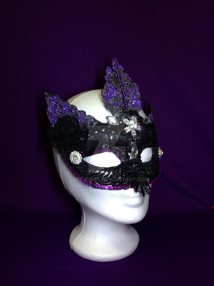 pruple mask by LoelJGrey