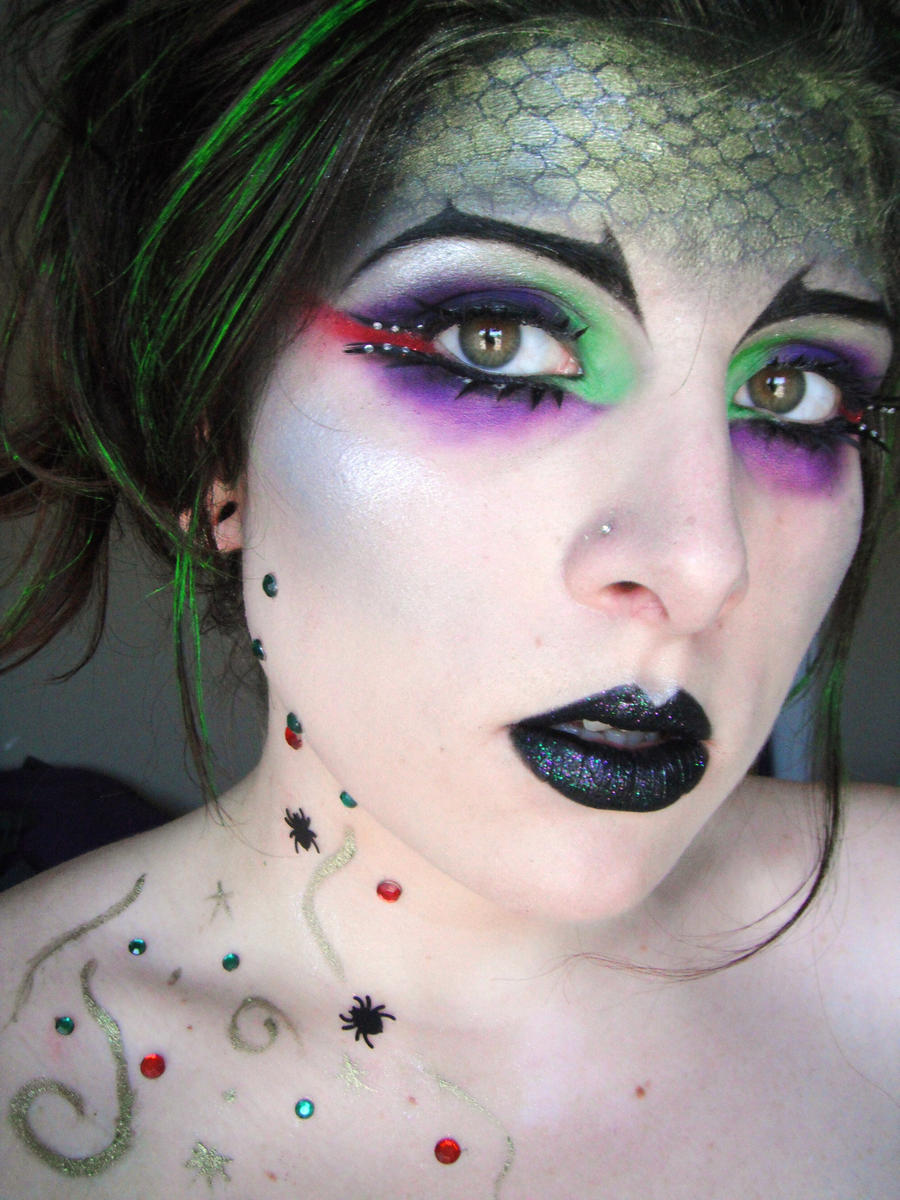 Hogwarts Houses: Slytherin by itashleys-makeup