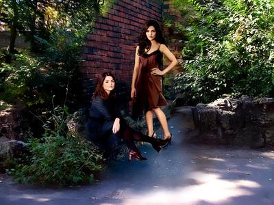 Davina and Clara by Spidyandlikedw