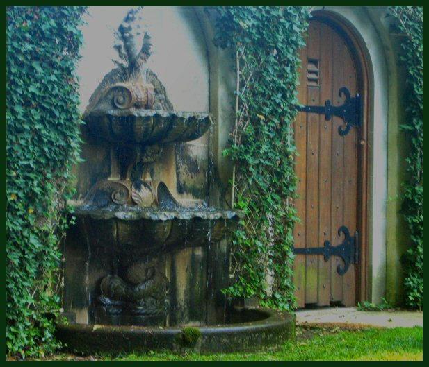 Secret Garden's Door by DarkxDelusions on DeviantArt