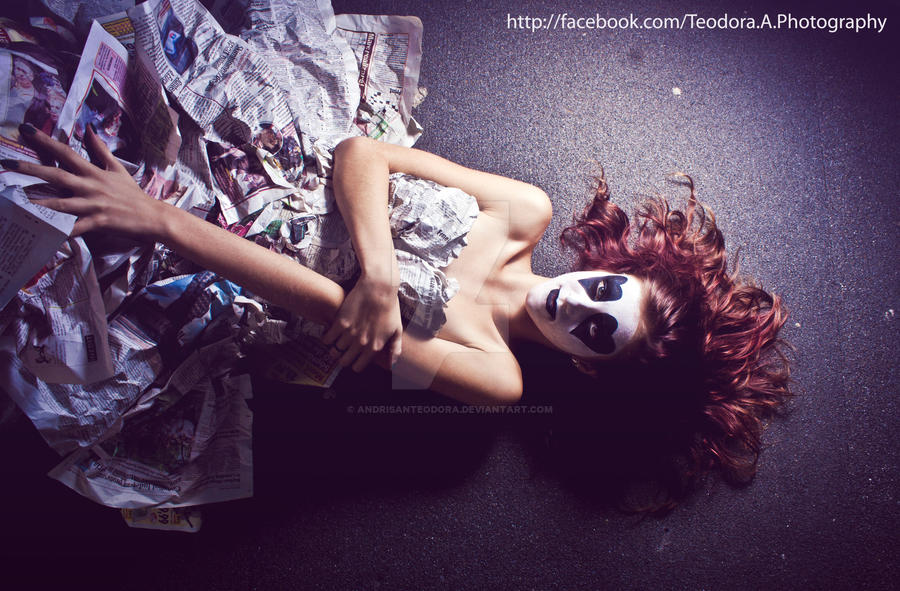 Not a freak. by andrisanteodora