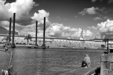 Pescador blanco y negro