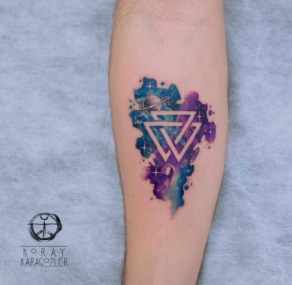 Valknut by koraykaragozler on deviantart for Valknut symbol tattoo