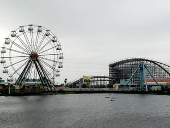 Abandoned Six Flags 15 by nevertakemystock