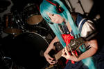 Miku - listening to the beautiful sound of guitar