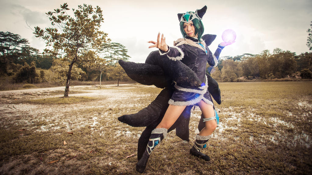League of Legends - Midnight Ahri cosplay [Sabbie] by asdcvbtuym