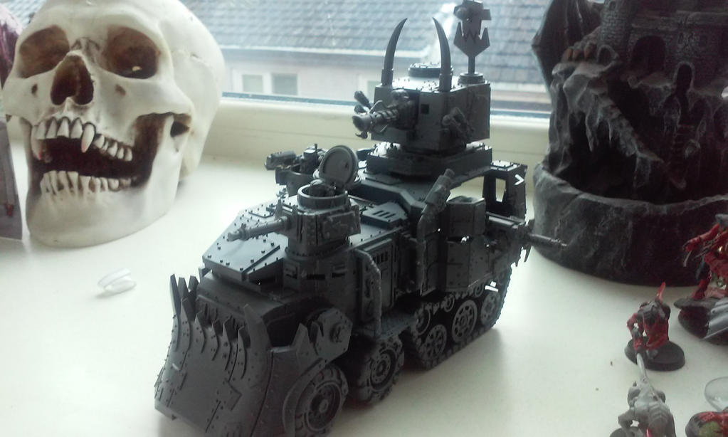 ork battel wagon by theunknownemo