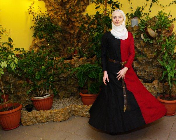 Dancing Lady by Antalika