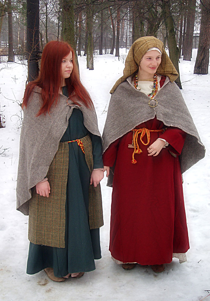 winter girls by Antalika