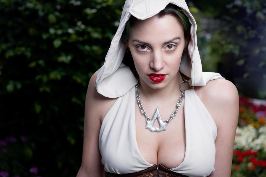 My Hood is kinda crooked.... by Nikoschka