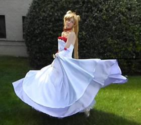 Tsukino Usagi Rose Gown Spinning