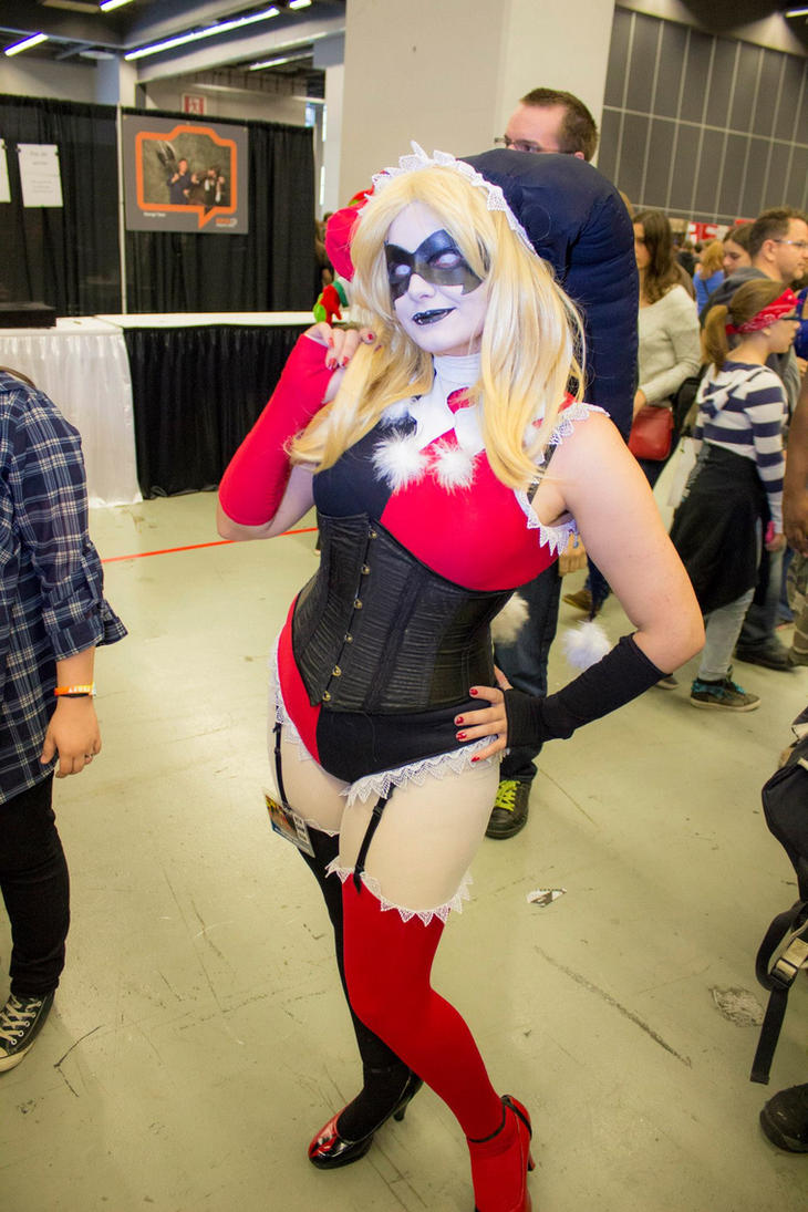Miss Harleen Quinzel by Magias