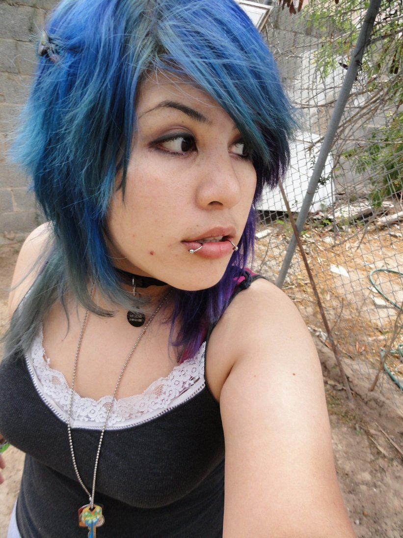 Fading Blue by Megumi-Kawairashii