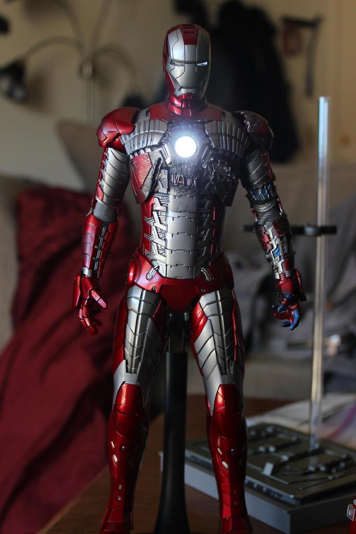 Hot Toys Iron Man Mark V (VI) by SlightlyImperfectPro on ...  Hot Toys Iron M...