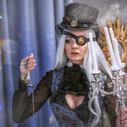 Gothic steampunk girl