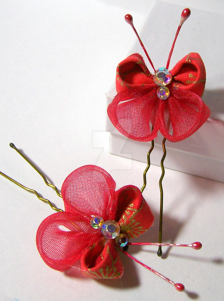 Beauty Red Butterfly kanzashi by lovelypeachbunny