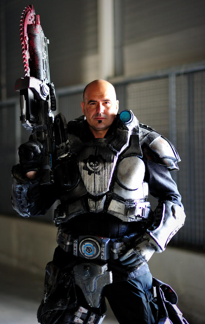 locust war cosplay of Gears