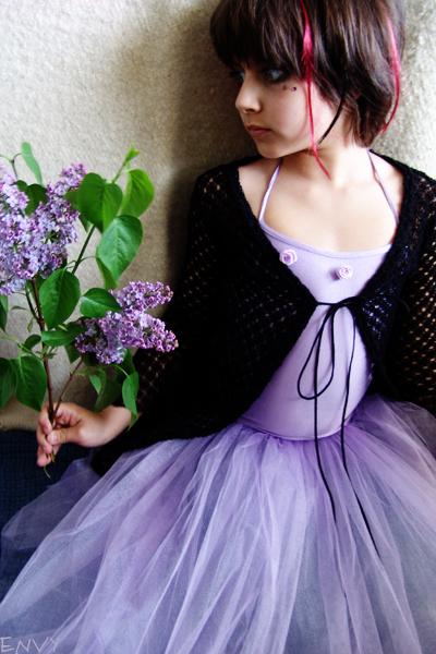 purple i by Lasaraleen - Se� ,, Be�eN ,, aL =)