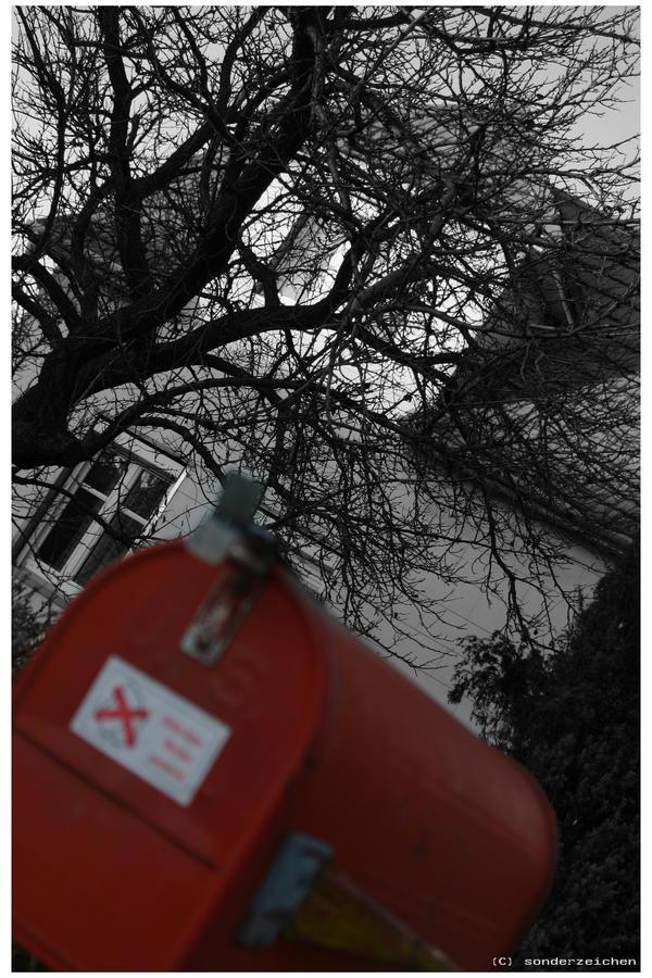 Red Post by sonderzeichen