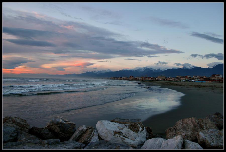 Viareggio's Bay by Jimmy89Fenders