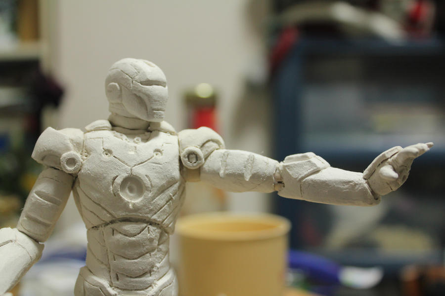 Iron man sculpting 2 by domcalmet