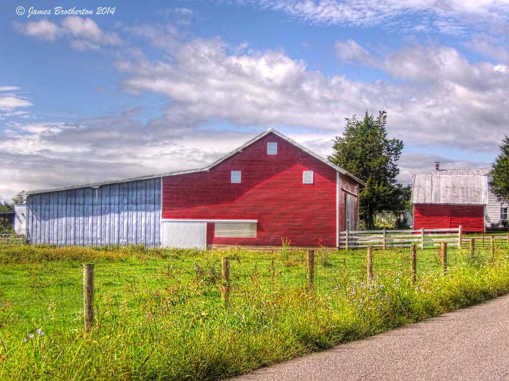 Roadside Barn by jim88bro