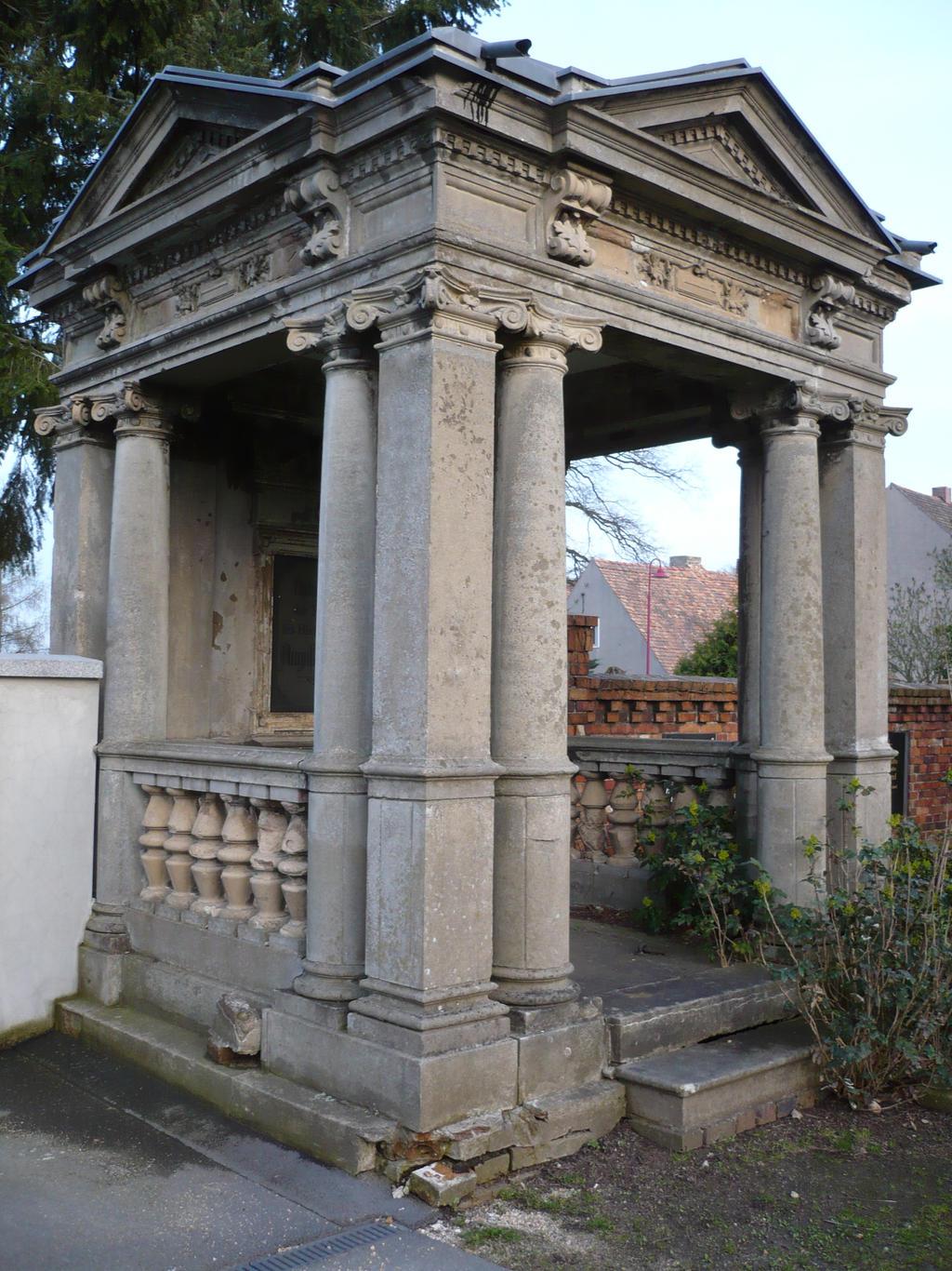 crypt by erdmute