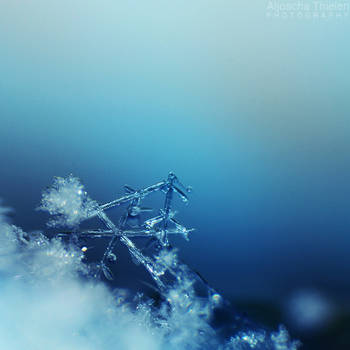 Crystal-clear by AljoschaThielen
