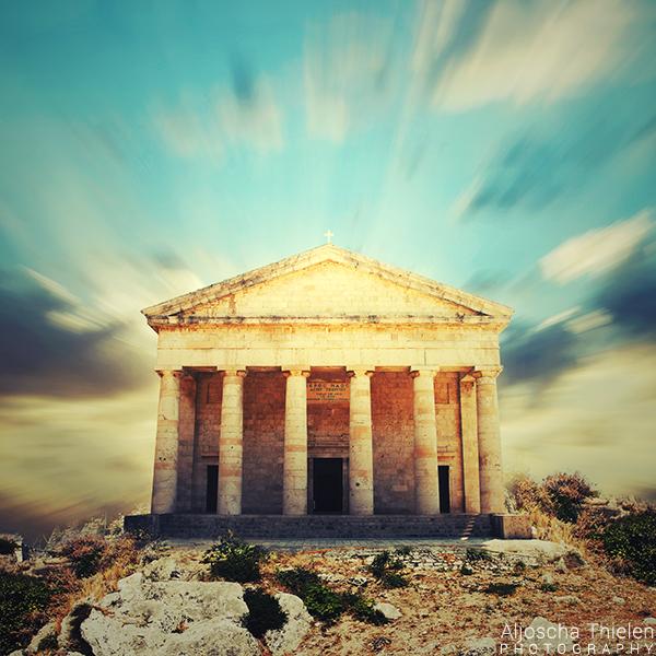 Temple of Light by AljoschaThielen