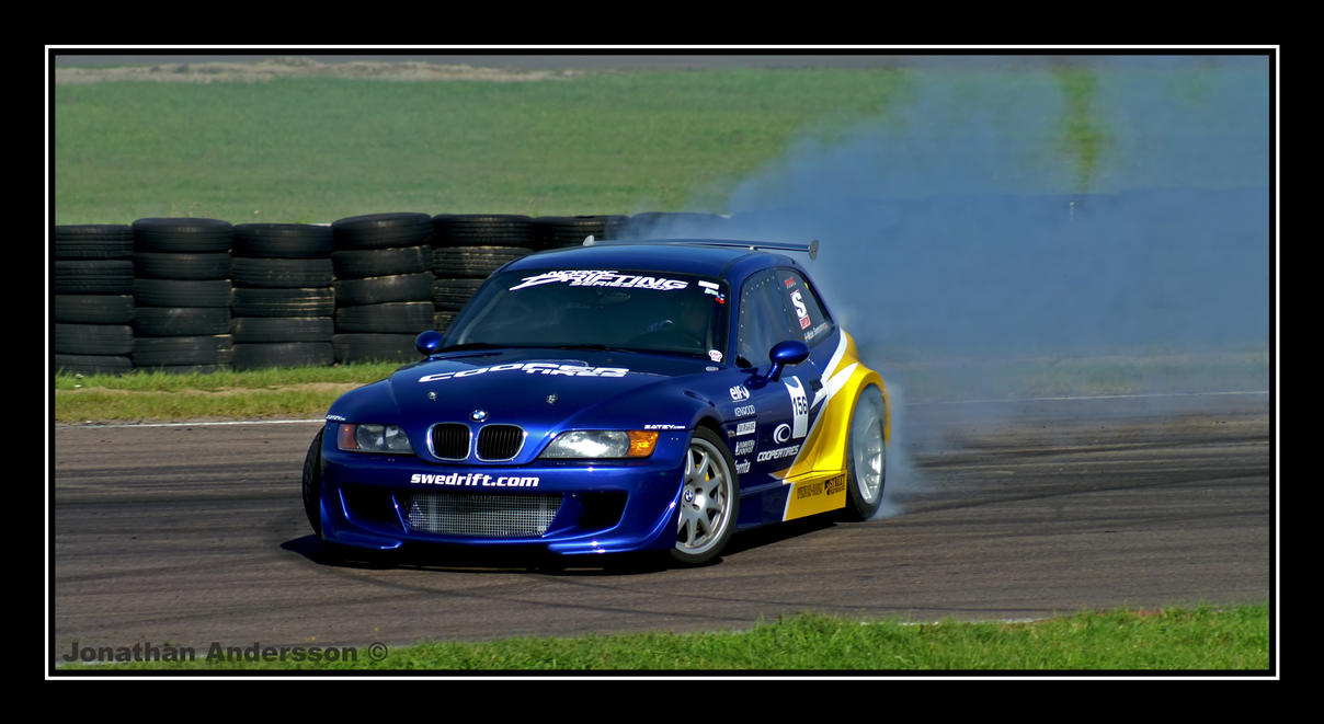 BMW M3 Coupe Drifting by
