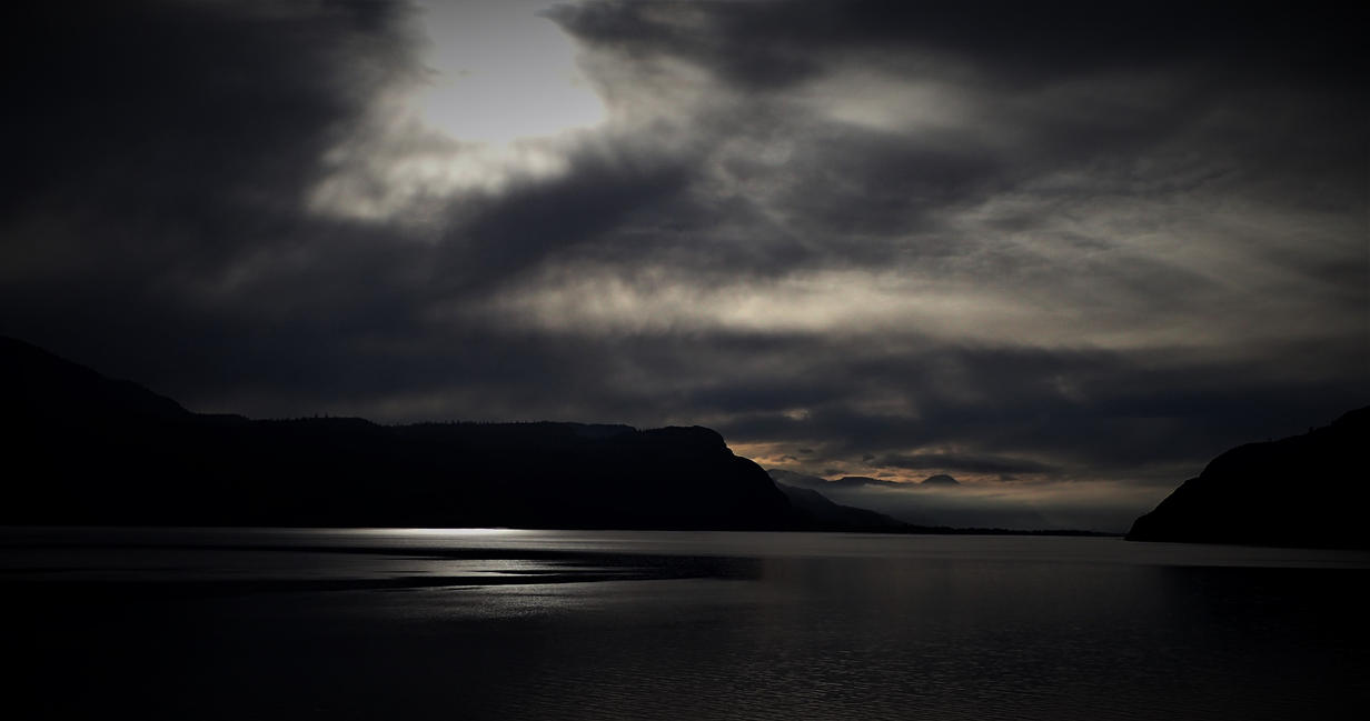 Silver light by lucium55