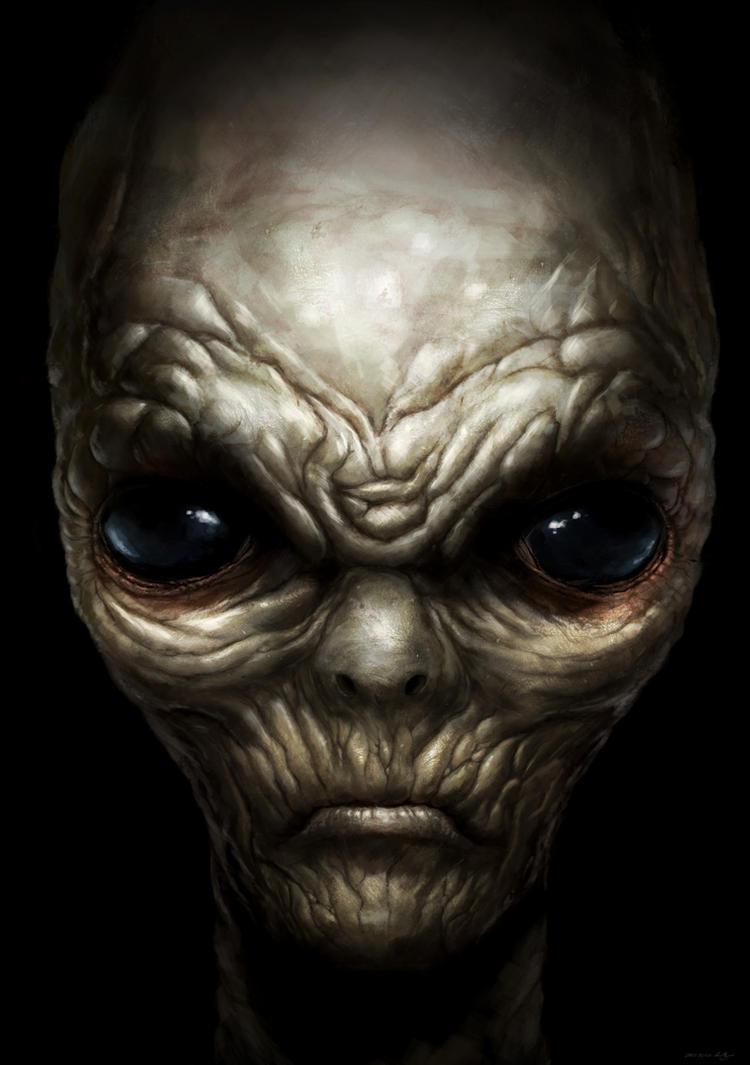 Grey E.T.E by lukemandieart