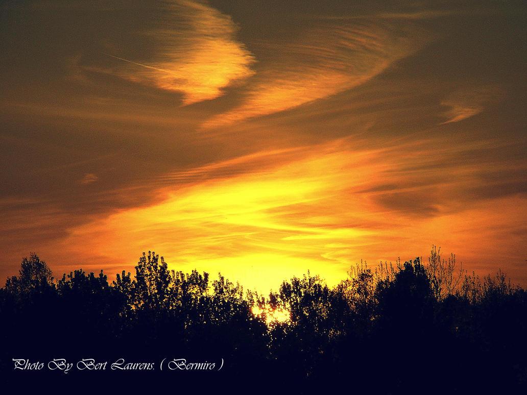 Sunset.2 by Bermiro