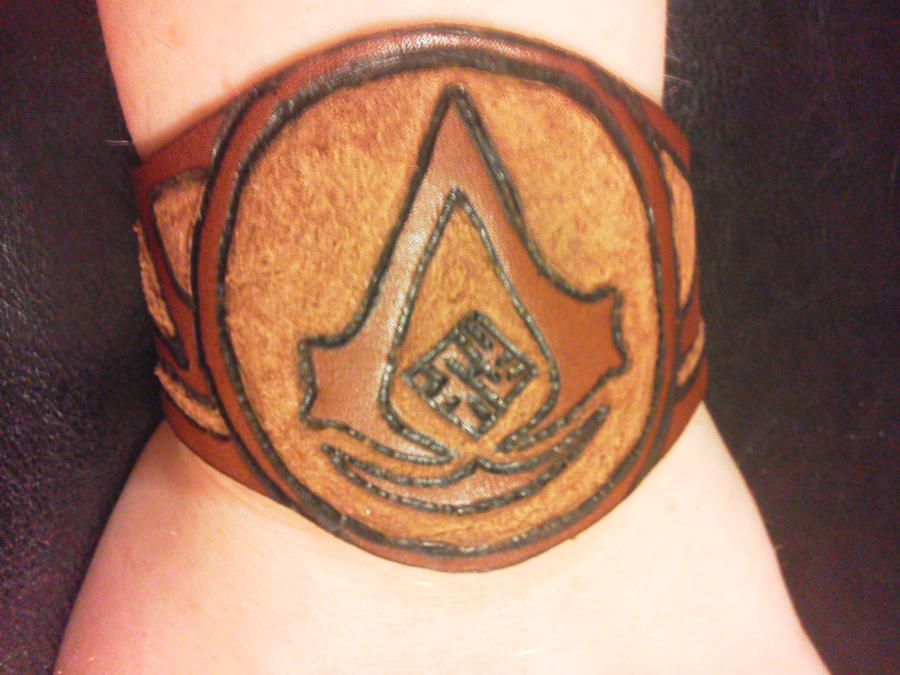 Assassin's Creed Cuff by hellcattheassassin