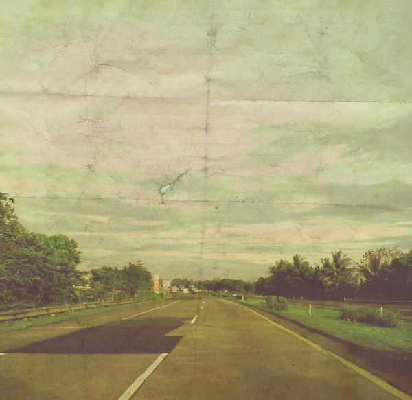 long road by kutuubocah