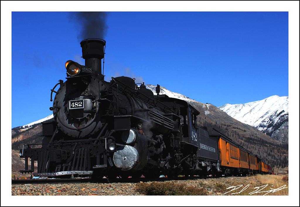 Engine 482 by NitzkaPhotography