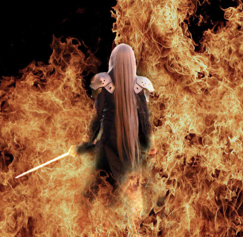 Sephiroth Cosplay - Fire Scene by mmmhOmoshiroi