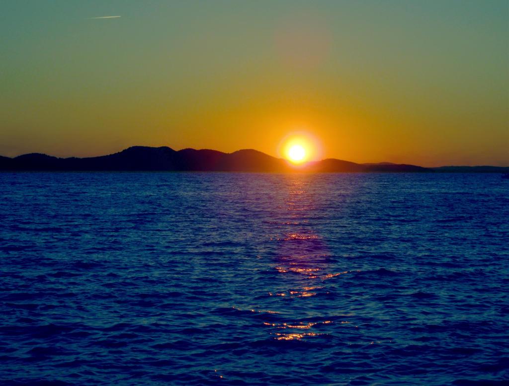 Sunset II by allison731