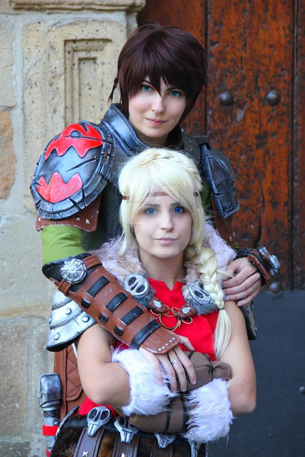 Astrid and Hiccup II by LauraNikoPhantomhive