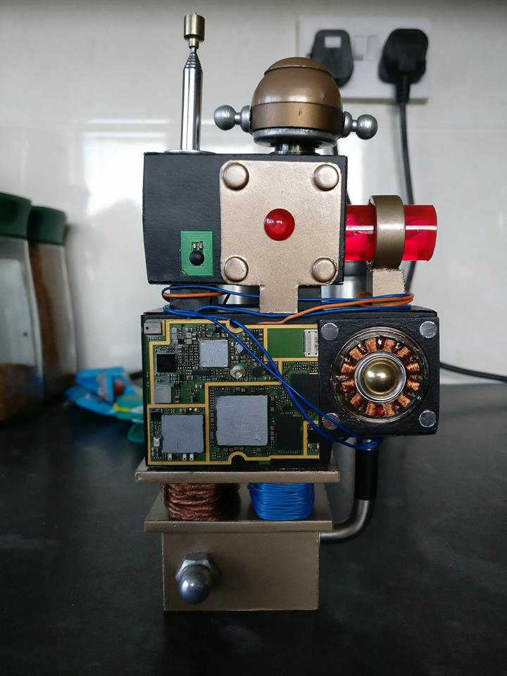 Zygon Detector/Machine that goes Ding! by Hordriss
