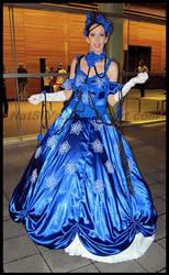 Avcon 2013- Cosplayer Blue Lady by NatSilva