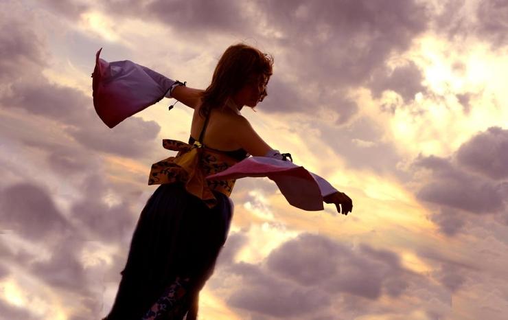 Yuna--Sunset dance by Aquarina12